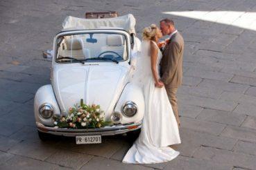 O carro ideal para seu casamento – Limusine. CAE