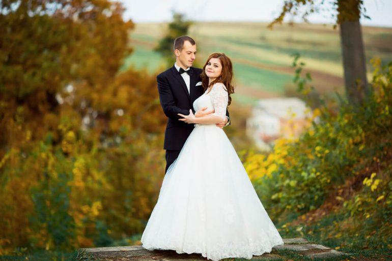 Casamento no inverno? Veja as tendências de vestidos de noiva para a estação